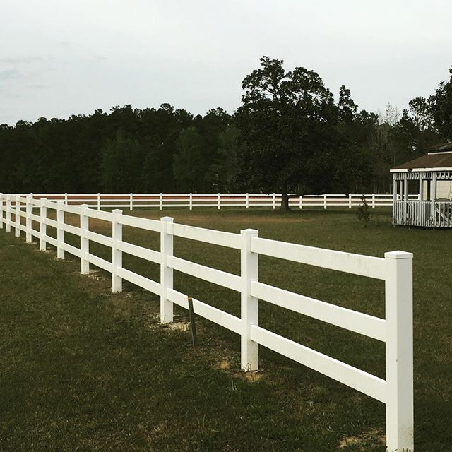 conway fence South Carolina fence company vinyl rail fence