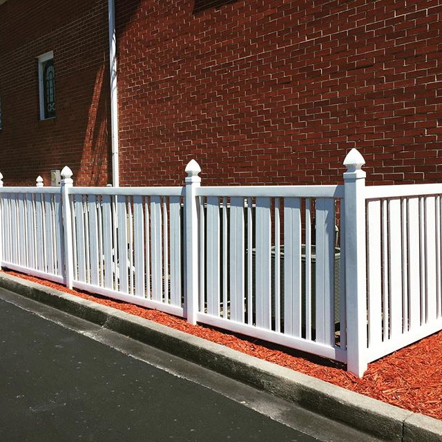 conway fence South Carolina fence company vinyl panel fence
